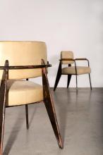 Jean PROUVE (1901 -1984) Paire de fauteuils mod. 352 dits