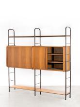 Pierre GUARICHE (1926 - 1995) Buffet mod. Prefacto - 1951 Structure en tube de métal laqué gris, caissons et étagères en multiplis p...