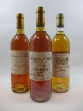 12 bouteilles 5 bts : CHÂTEAU SUAU 1989 2è cru Barsac (étiquettes abimées, 2 capsules abimées, habillages différents)