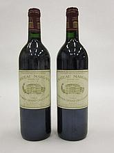 2 bouteilles CHÂTEAU MARGAUX 1993 1er GC Margaux (étiquettes sales)