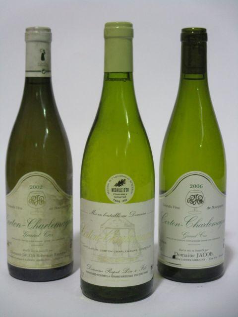 5 bouteilles 3 bts : CORTON CHARLEMAGNE 1996 Grand Cru. Rapet Père & Fils (étiquettes fanées)