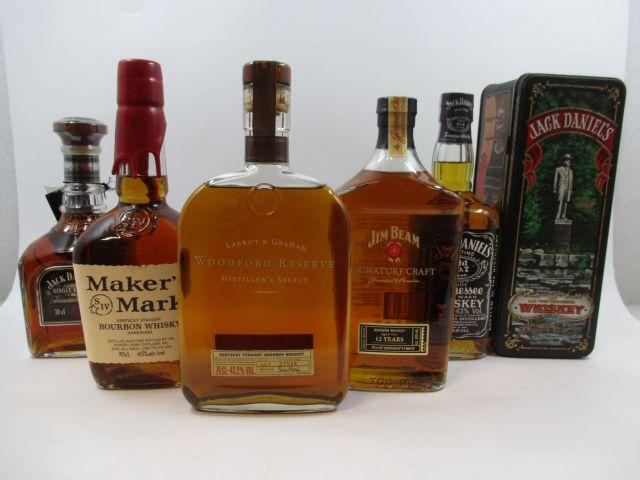 5 bouteilles 1 bt : BOURBON WOODFORD RESERVE Kentucky Straight Bourbon Whiskey (70 cl, 43,2°) Etui d'origine (2 verres)