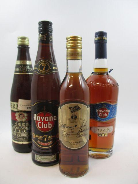 4 bouteilles 1 bt : RHUM HAVANA CLUB Anejo 7 anos. Cuba (70 cl, 40°)