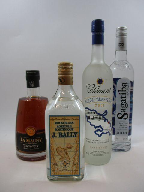 4 bouteilles 1 bt : RHUM LA MAUNY VO. Rhum Vieux Agricole. Martinique (70 cl, 40°)