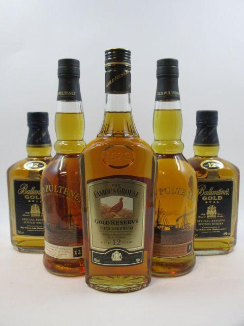 4 bouteilles 1 bt : WHISKY OLD PULTENEY 8 years old. Single Malt Scotch Whisky (70 cl, 40°)