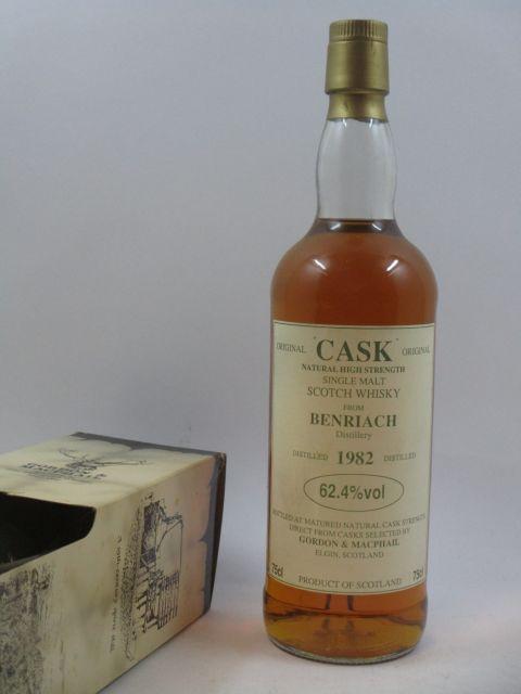 1 bouteille WHISKY BENRIACH - GORDON & MCPHAIL 1982 Single Malt Scotch Whisky