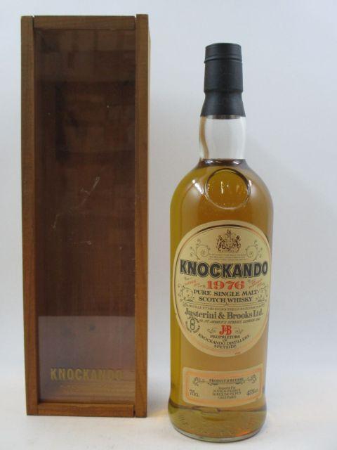1 bouteille WHISKY KNOCKANDO 1976 Pure Single Malt Scotch Whisky