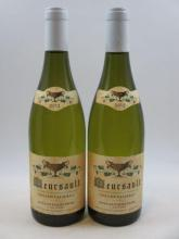 2 bouteilles  MEURSAULT 2012 Les Chevalières. Coche Dury   (cave 10) (1 bt capsule CRD et 1 bt capsule neutre)