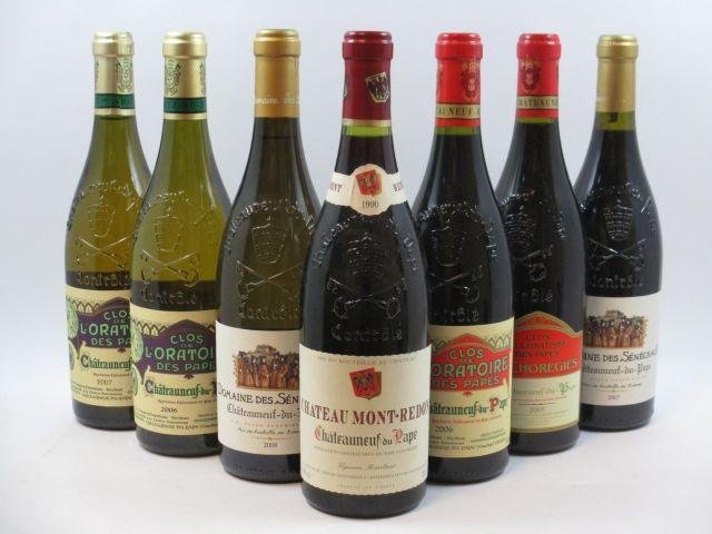 7 bouteilles  1 bt : CHATEAUNEUF DU PAPE 1990 Château Mont Redon (rouge) 1 bt : CHATEAUNEUF DU PAPE 2005 Clos de l'Oratoire des Pa...