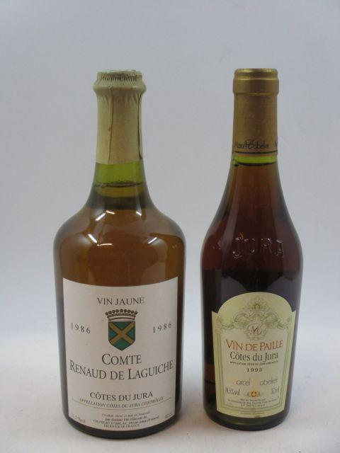 2 flacons 1 bt : VIN JAUNE 1986 Comte de Laguiche 1 demi-bt : VIN DE PAILLE 1993 Marcel Cabelier