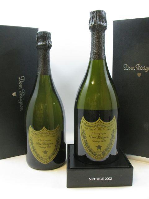 2 bouteilles 1 bt : CHAMPAGNE DOM PERIGNON 2000 Brut Etui d'origine