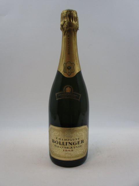 1 bouteille CHAMPAGNE BOLLINGER 1989 Grande Année (cave 12)