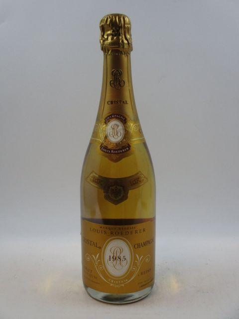 1 bouteille CHAMPAGNE CRISTAL ROEDERER 1985  (cave 12)