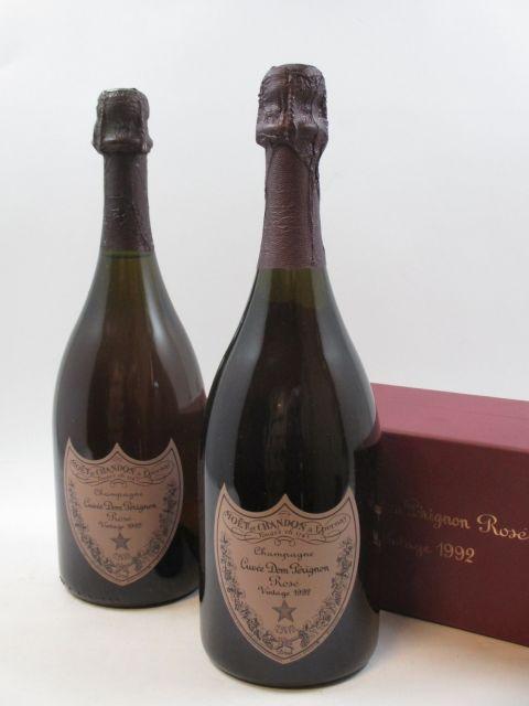 2 bouteilles CHAMPAGNE DOM PERIGNON 1992 Rosé (dont 1 étui d'origine) (cave 12)