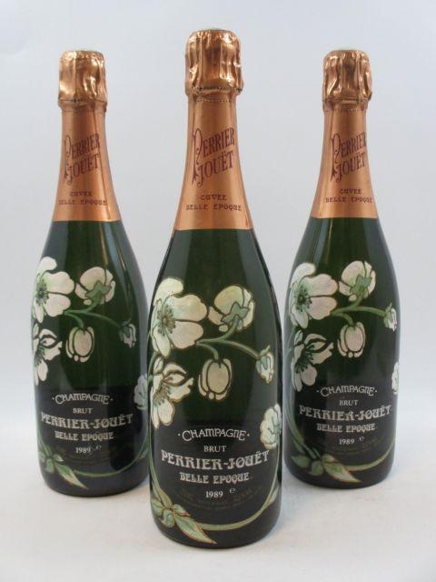 3 bouteilles CHAMPAGNE PERRIER JOUET 1989 Cuvée Belle Epoque  (cave 12)