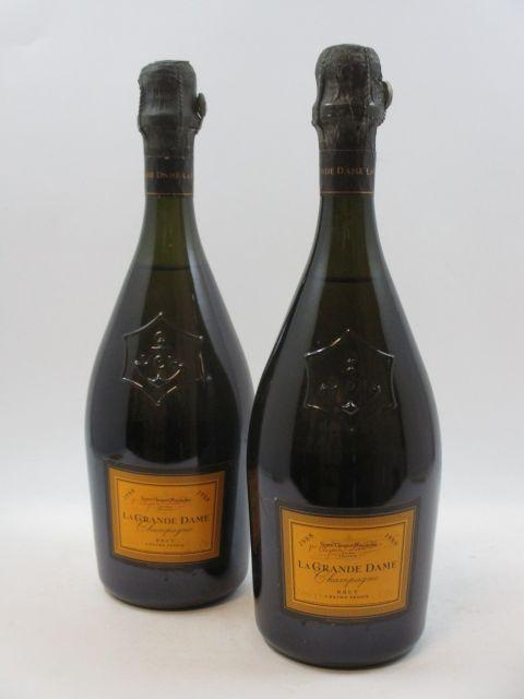 2 bouteilles CHAMPAGNE VEUVE CLICQUOT 1988 La Grande Dame (cave 12)