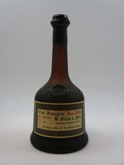 1 bouteille ARMAGNAC B