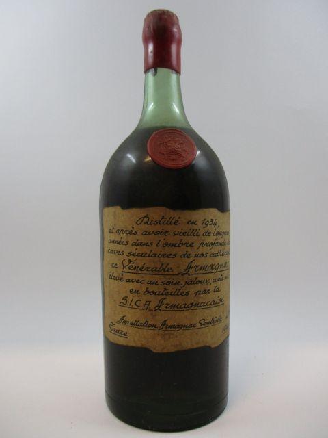 1 pot ARMAGNAC SICA ARMAGNACAISE 1934 (étiquette fanée, capsule cire abimée
