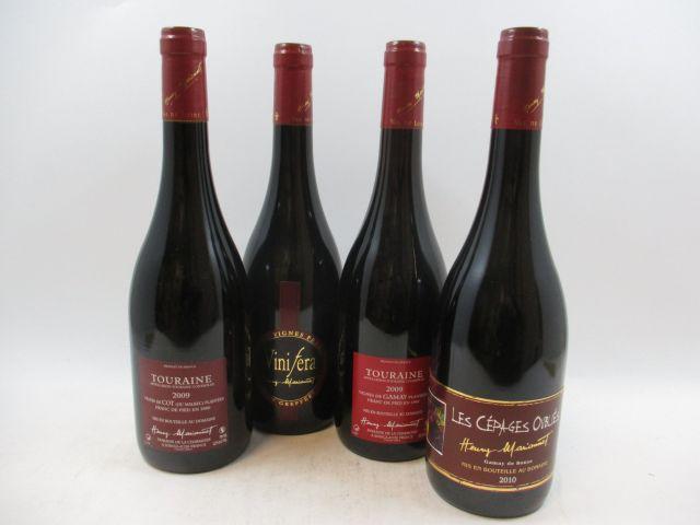 8 bouteilles  2 bts : TOURAINE 2009 Vinifera Gamay. Domaine de la Charmoise. Henry Marionnet (vigne franche de pied plantée en 1992)...