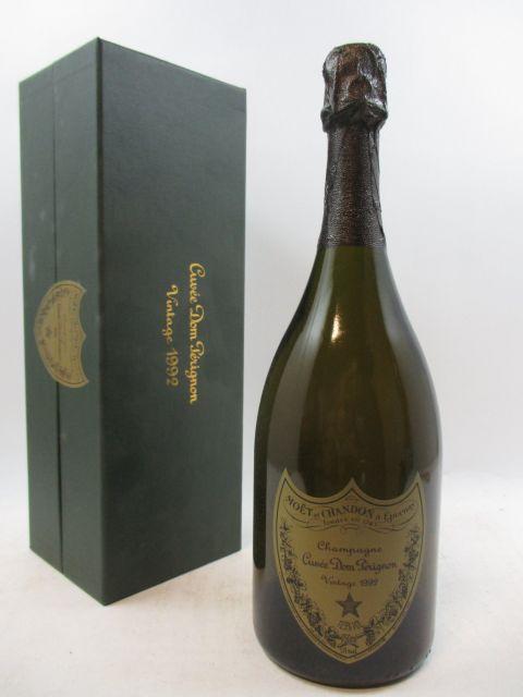 1 bouteille CHAMPAGNE DOM PERIGNON 1992 (étiquette et coffret abimés) (cave 3)