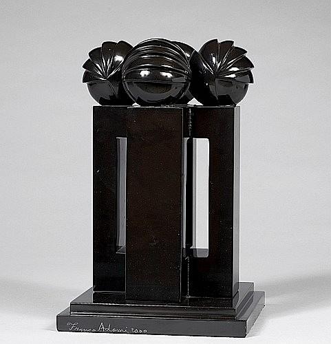 Franco ADAMI (né en 1933) SANS TITRE, 2000 Sculpture en marbre noir