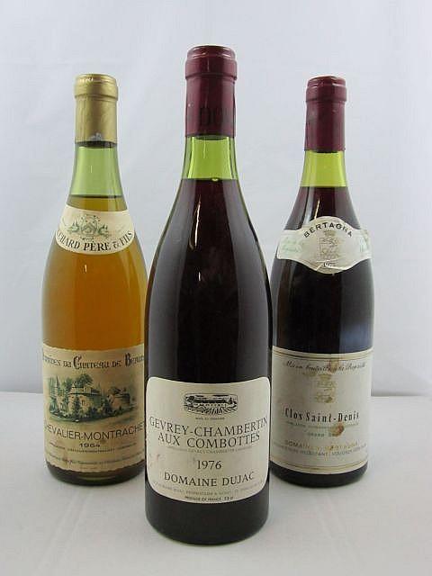 3 bouteilles 1 bt : CHEVALIER MONTRACHET 1964 (blanc) Château de Beaune. Bouchard Père & Fils (niveau : 3 cm)