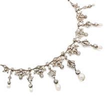 COLLIER En argent et alliage d'or 9k (585) articulé de bâtonnets fil de couteau, entrecoupés de perles fines et diamants taillés à...