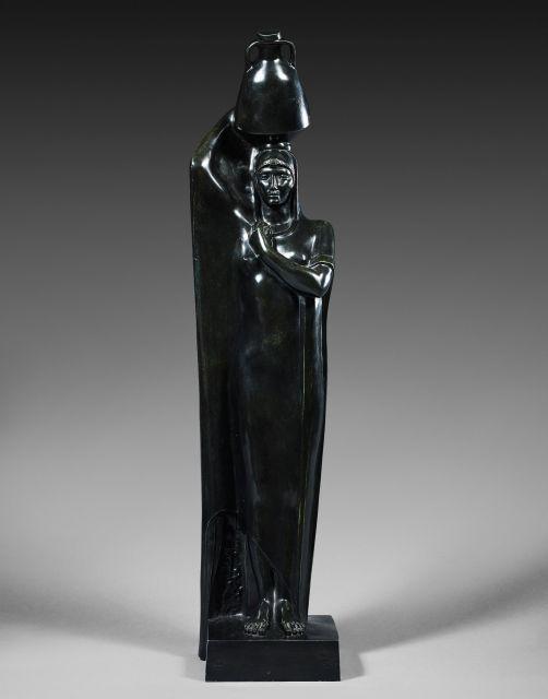 Mahmoud MOKHTAR 1891 - 1934 Au bord du Nil Bronze à patine verte