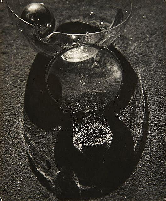 Osamu SHIIHARA (1905-1974) Still Life #382 - 1935 Epreuve argentique d''époque