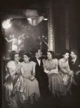 Gyala Halász, dit BRASSAÏ (1899 - 1984) Soirée à Chartres - 1933-1934 Épreuve argentique d''époque