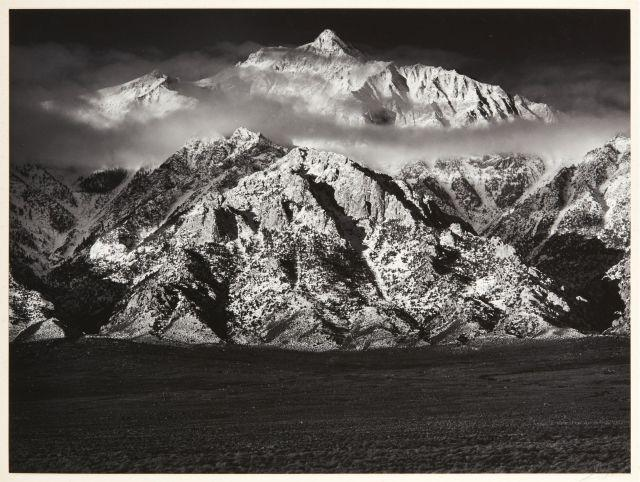 Ansel ADAMS (1902-1984) Mont Williamson, Sierra Nevada from the Oaveas Valley, California - 1944 Épreuve argentique (1978) contrecol...