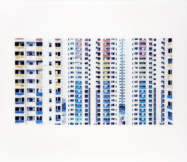 Stéphane COUTURIER (Né en 1957) Séoul Shindorim Dong - 2002 Épreuve en couleurs sous diasec