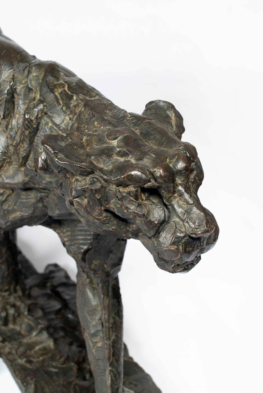 ¤ Dylan LEWIS né en 1964 - Afrique du Sud Stalking Cheetah II (S346) Bronze
