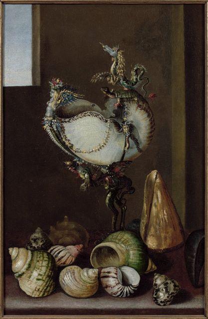 Ecole de l'Est du XVIIe siècle  Composition au nautile monté et aux coquillages Huile sur toile