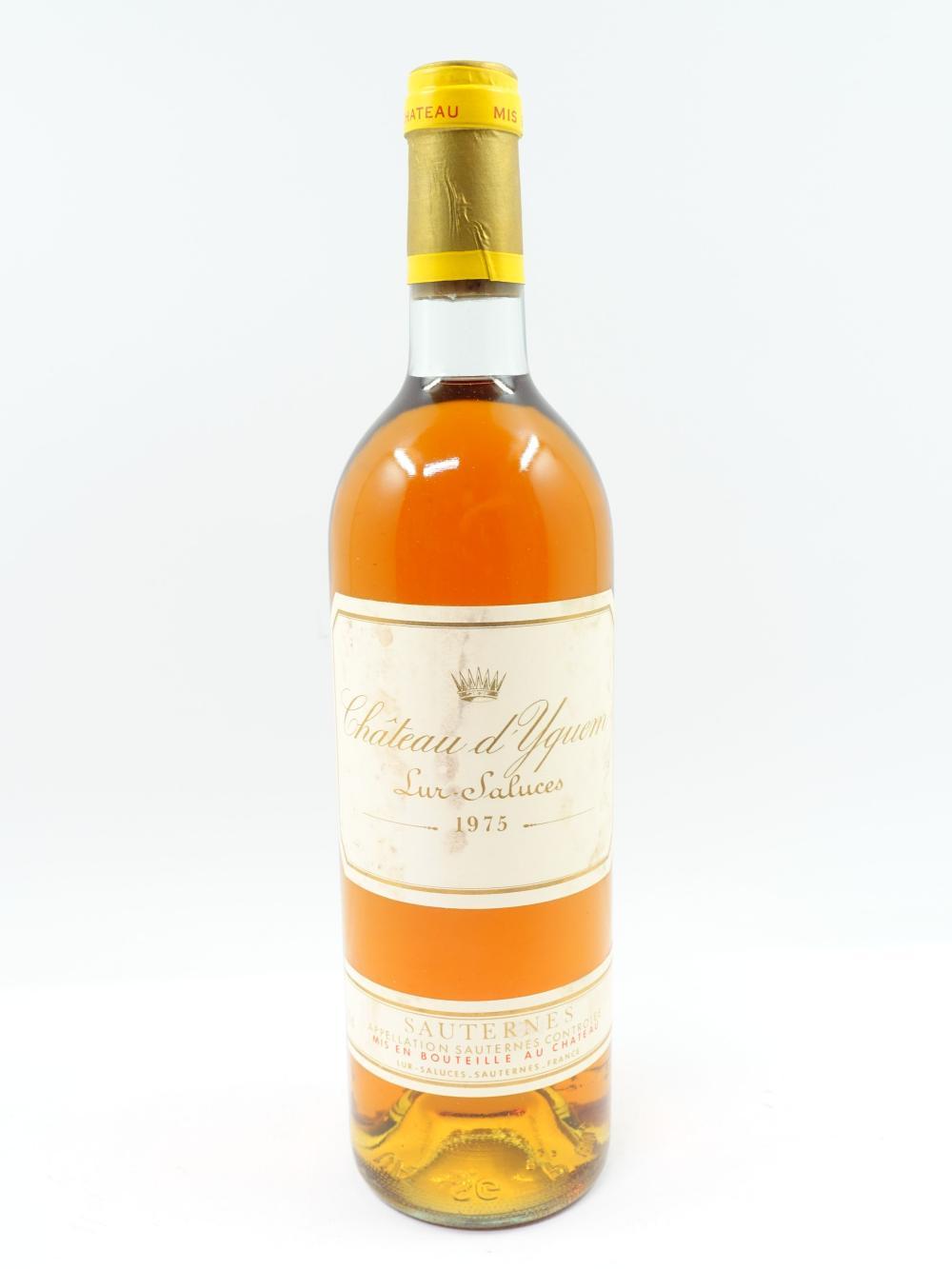 1 bouteille CHÂTEAU D'YQUEM 1975 1er cru Supérieur Sauternes (base goulot