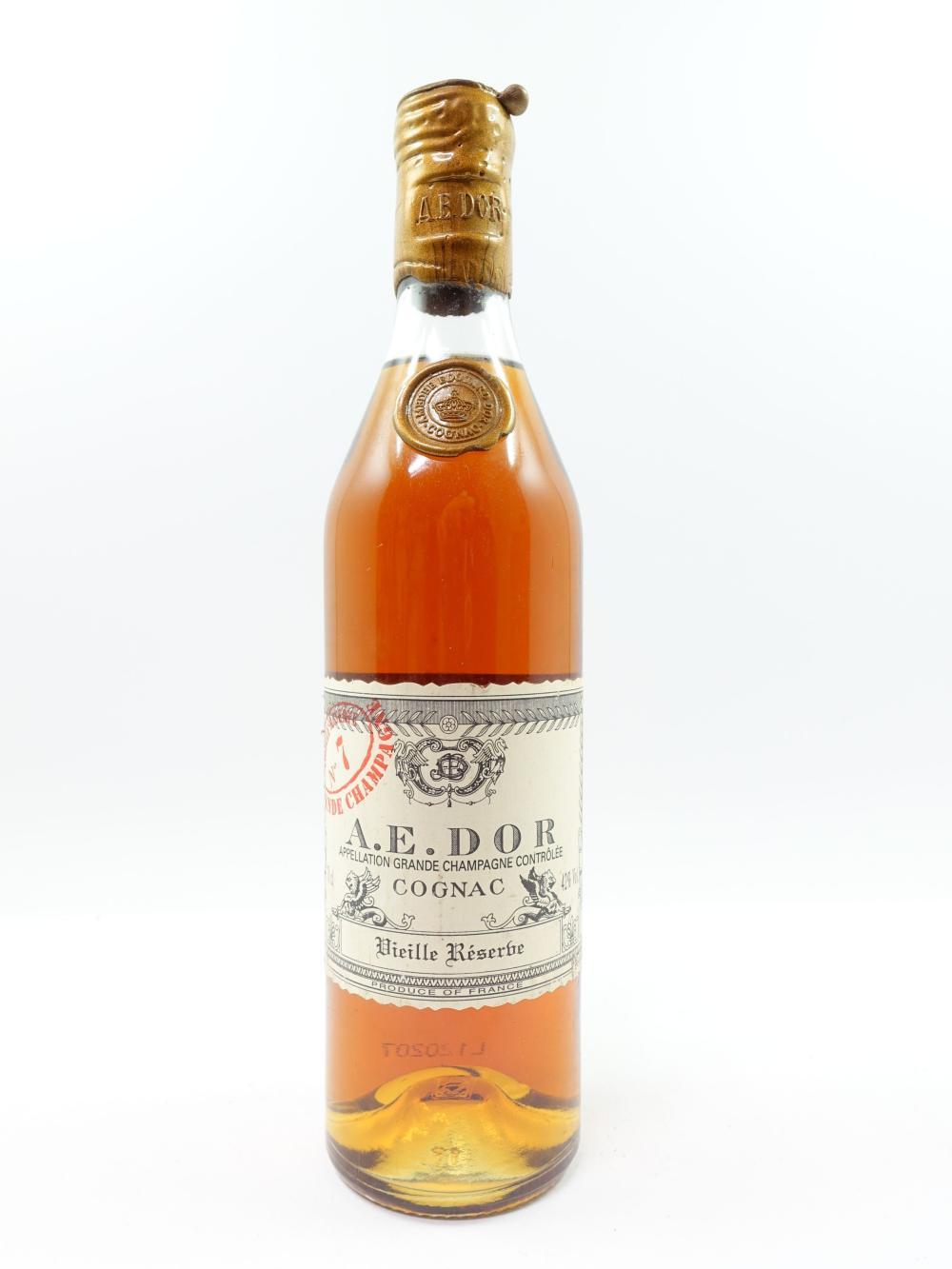 1 bouteille COGNAC AE DOR Grande Champagne. Vieille Réserve N° 7 (cabochon cire léger cassé. 70cl, 42°)