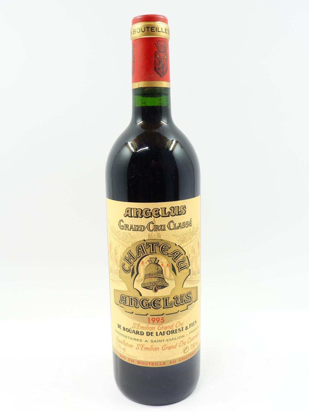 1 bouteille CHÂTEAU ANGELUS 1995 1er GCC (B) Saint Emilion (bouchon légèrement enfoncé)