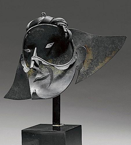 Pablo GARGALLO (1881-1934) MASQUE D'ARLEQUIN SOURIANT III, 1927 Cuivre, patine brune
