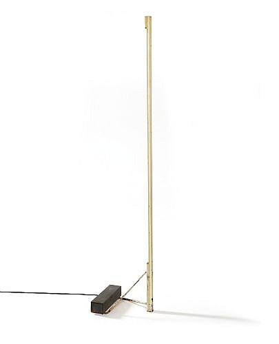 Gino SARFATTI (1912 - 1985) Lampadaire 1063 - création 1953 Socle et fût en métal laqué