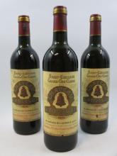 3 bouteilles CHÂTEAU ANGELUS 1979 GCC Saint Emilion (2 haute épaule, 1 mi-épaule