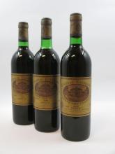 12 bouteilles CHÂTEAU BATAILLEY 1976 5è GC Pauillac (5 légèrement bas