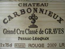 12 bouteilles CHÂTEAU CARBONNIEUX 2009 CC Pessac Léognan Caisse bois d''origine (Cave 22)