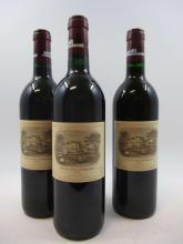 3 bouteilles 1 bt : CHÂTEAU LAFITE ROTHSCHILD 1991 1er GC Pauillac