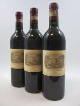 7 bouteilles CHÂTEAU LAFITE ROTHSCHILD 1986 1er GC Pauillac (étiquettes léger fanées