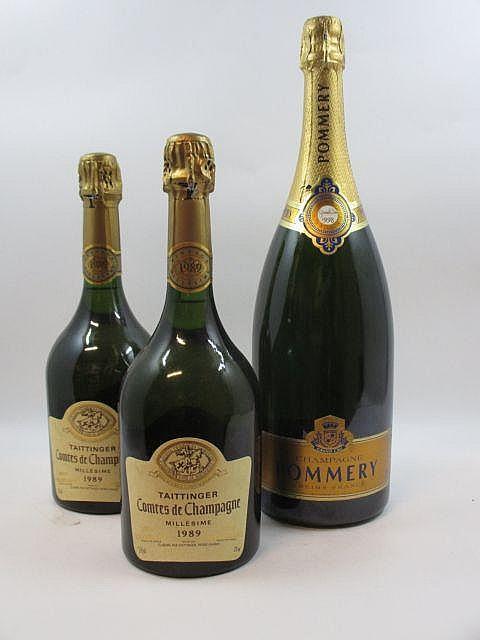 3 flacons 2 bts : CHAMPAGNE TAITTINGER 1989 Comtes de Champagne. Blanc de blancs