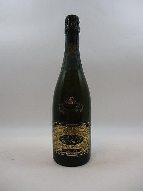1 bouteille CHAMPAGNE BOLLINGER RD 1973 (dégorgé en juillet 1983
