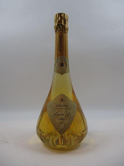 1 bouteille CHAMPAGNE DE VENOGE 1995 Louis XV