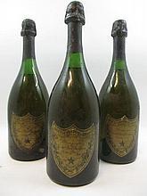 3 bouteilles CHAMPAGNE DOM PERIGNON 1962 (1 haute épaule