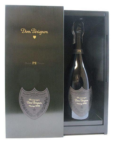 1 bouteille CHAMPAGNE DOM PERIGNON P2 1998 Plénitude 2 Coffret d''origine