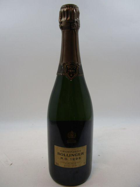 1 bouteille CHAMPAGNE BOLLINGER RD 1996 (dégorgé le 1er Septembre 2006) Coffret bois d''origine (Cave 15)